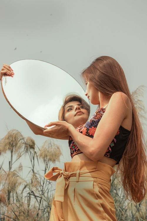 Мощные аффирмации для женской энергии и привлекательности