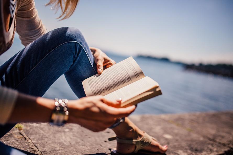 10 книг для обретения навыка жить здесь и сейчас