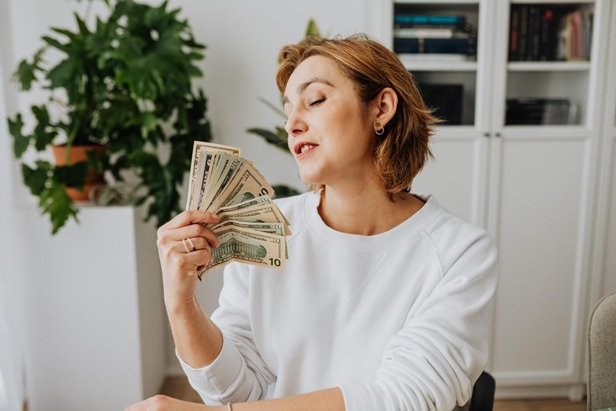 9 советов по борьбе с психологическим дискомфортом из-за возникновения финансовых проблем
